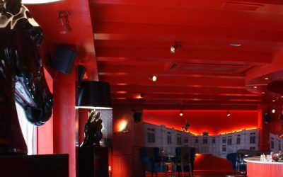 Nueva decoración del pub «El trovador»