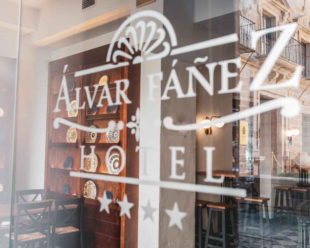 Reforma Hotel InteriorismoTrinidad Ubeda Álvar Fáñez